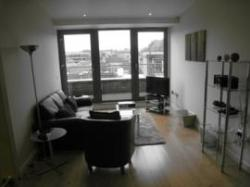 Roomspace Serviced Apartments - Marquis Court, Epsom, Surrey