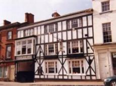 Queens Head Hotel (The)