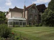 Burpham Country House