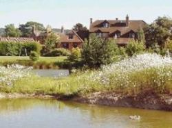 Lakeside Town Farm B&B, Kingston Blount, Oxfordshire