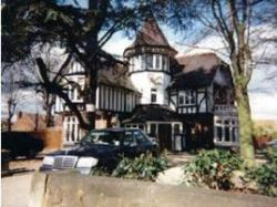 Pines Hotel, Luton, Bedfordshire