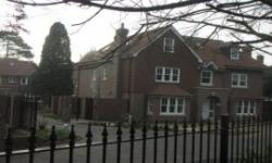 Roomspace Serviced Apartments - Orchard Place, Esher, Surrey