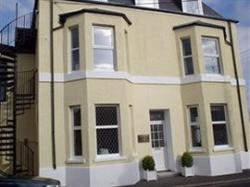 Cambridge House & Lodge 24, Torpoint, Cornwall