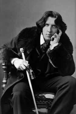 Trial of Oscar Wilde begins