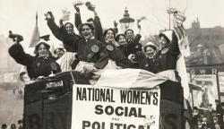 Suffragettes Storm Westminster